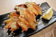 日式雞中翼串(生) (20枝入)